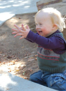 down syndrome children interaction with family and peers Get information, help and support for families with down syndrome children cdss has many dedicated resources and support groups to help your family.